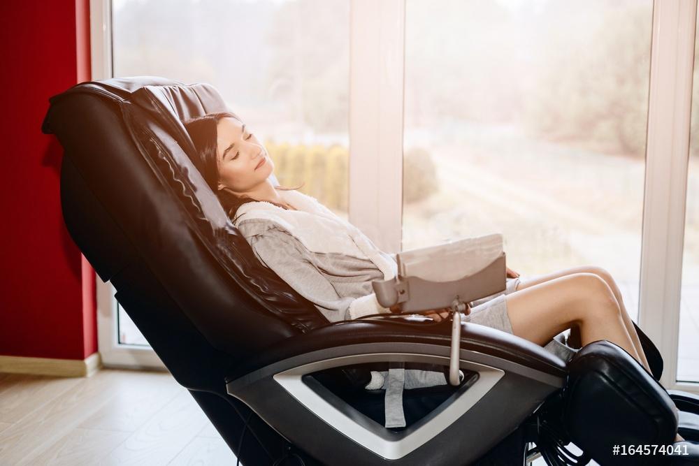 Should I buy a Massage Chair? Massage Chair vs massage therapist